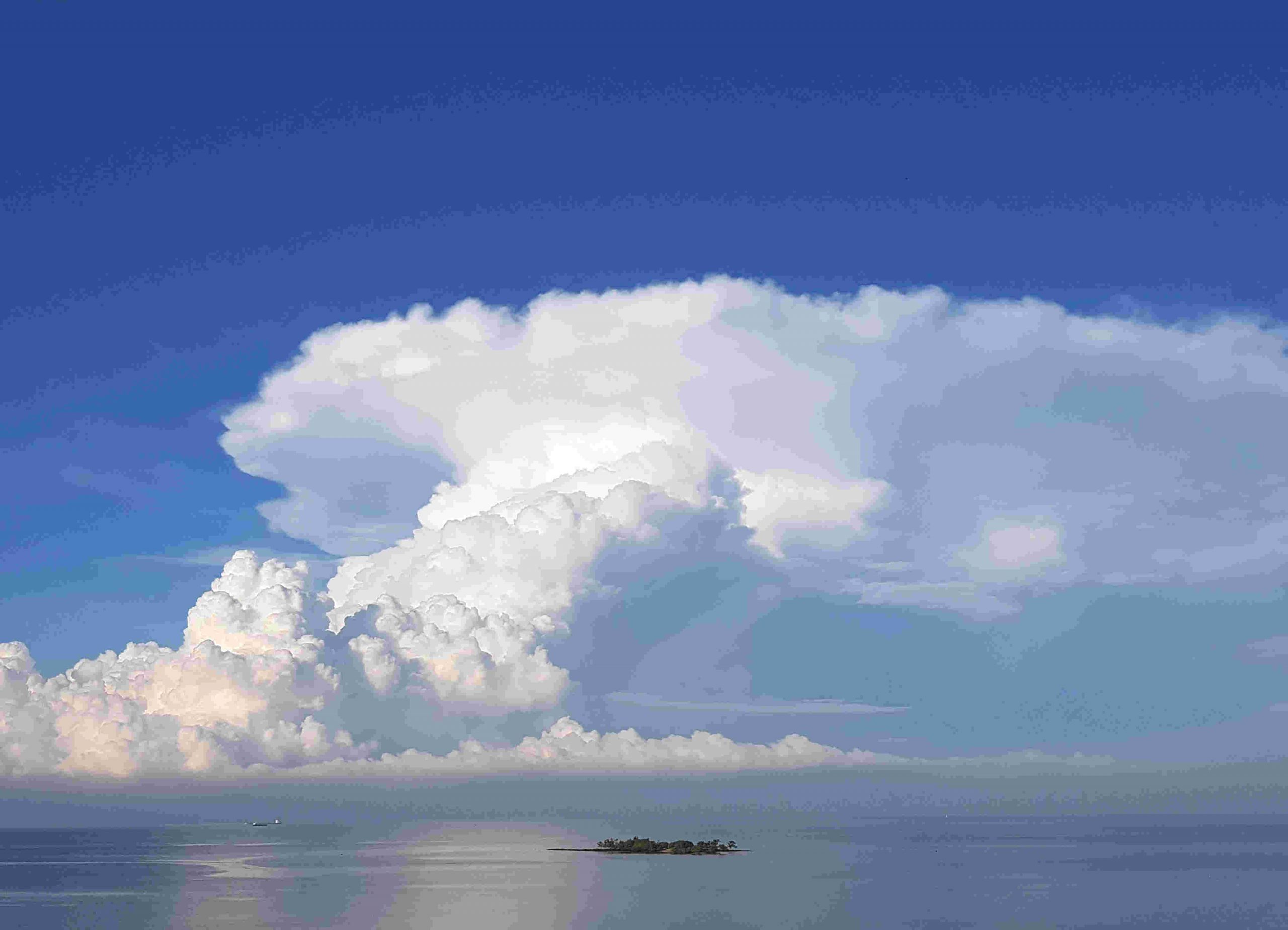 John_Archer_cloud_island
